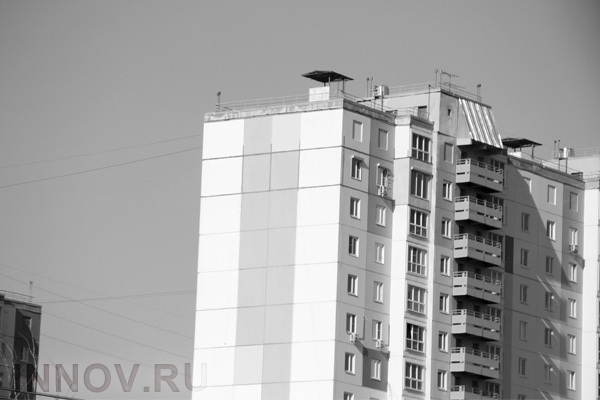 In Nizhny Novgorod, a young man fell from the roof of high-rise buildings