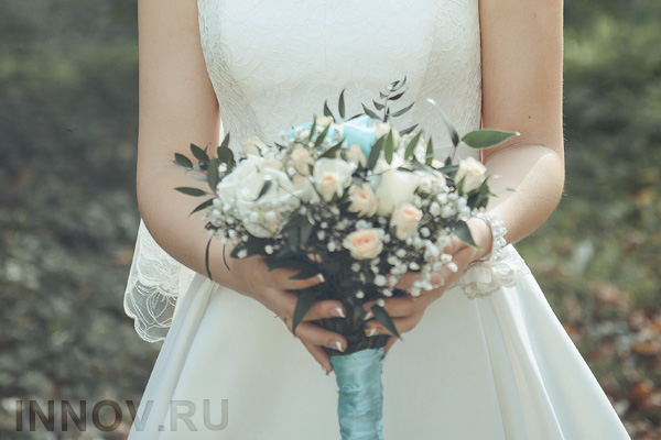The ElenaMorar Company is a major manufacturer of wedding dresses