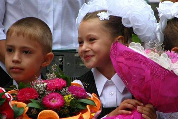 Socially disadvantaged first graders will receive money certificates, Nizhny Novgorod, Russia